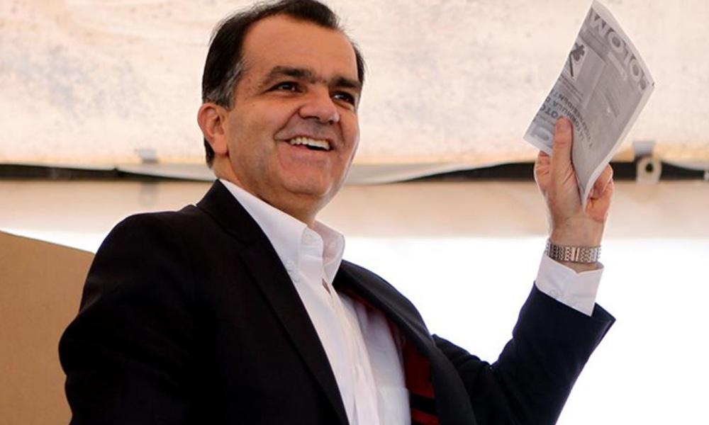 ATENCIÓN. Óscar Iván Zuluaga suspende su candidatura
