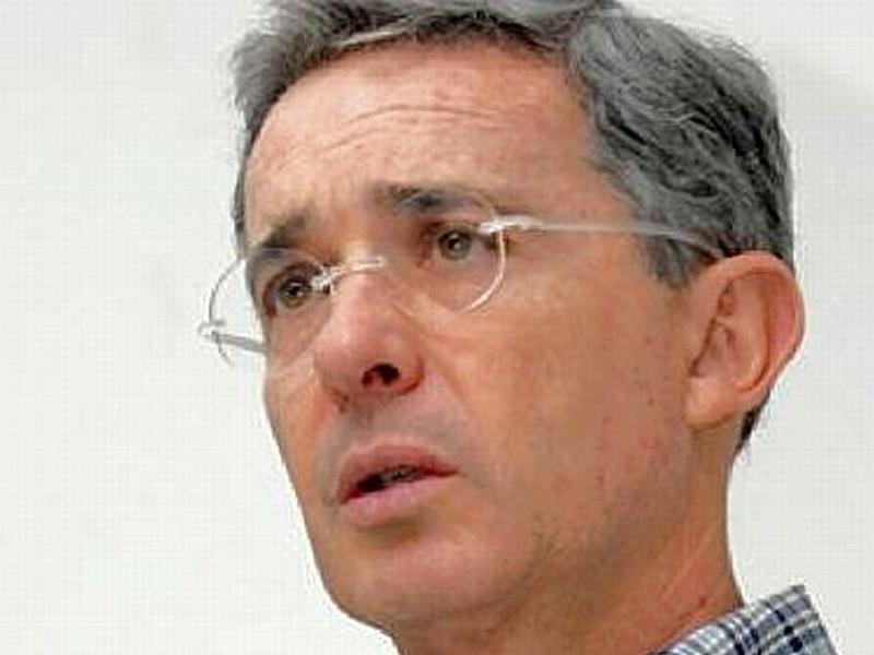 Álvaro Uribe Vélez: La marcha del 1 de Abril: un coscorrón en defensa de la democracia