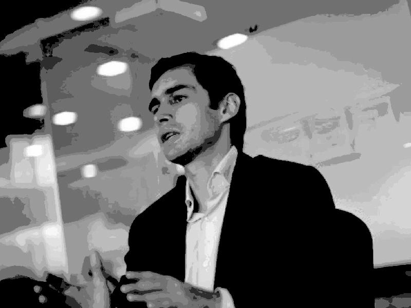 José Jaime Uscátegui: La niña Mencha y 40 días por la vida